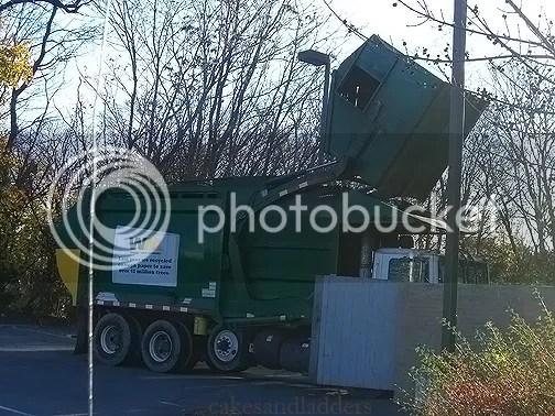 garbage-truck-2