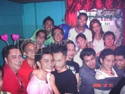 https://i1.wp.com/i44.photobucket.com/albums/f33/allanworld/december302006clan2clansyearendpart.jpg