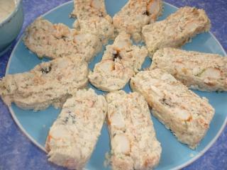 Blog de valsixt : Les gourmandises de Val, Terrine de colin, saumon et surimi