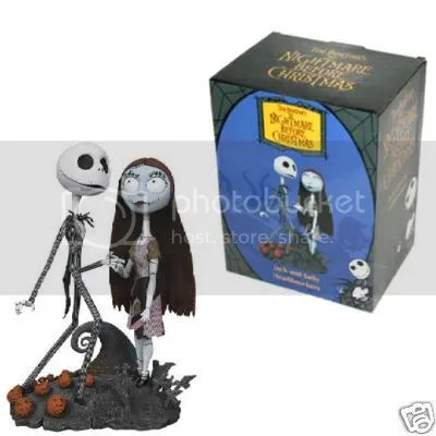 in love with this adorable Jack and Sally Cake Topper; and OH LOOK!