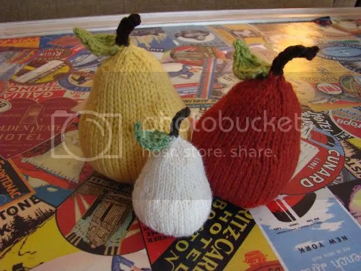 Knitted Pears