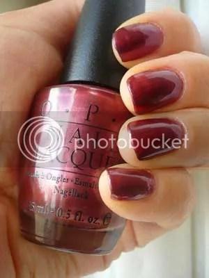 queen's nails