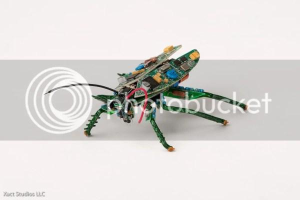 Insecto electrónico