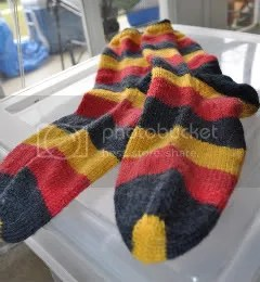 socks,knitting,germany,stripes,regia