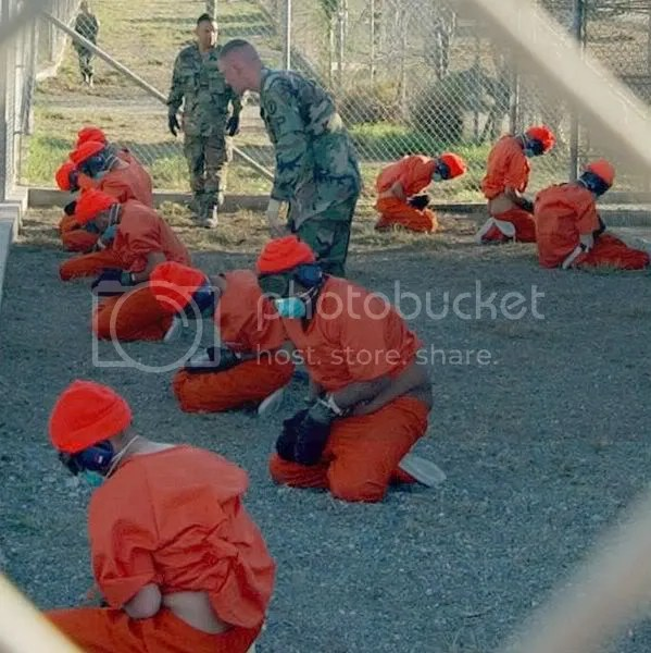 http://1.1.1.3/bmi/i461.photobucket.com/albums/qq332/eLdivaN81/599px-Camp_x-ray_detainees.jpg