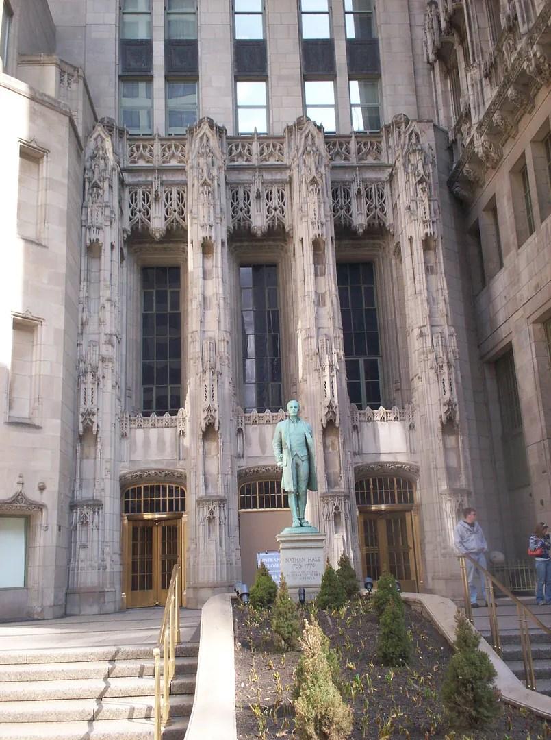 Chicago Tribune, Nathan Hale statue, Chicago