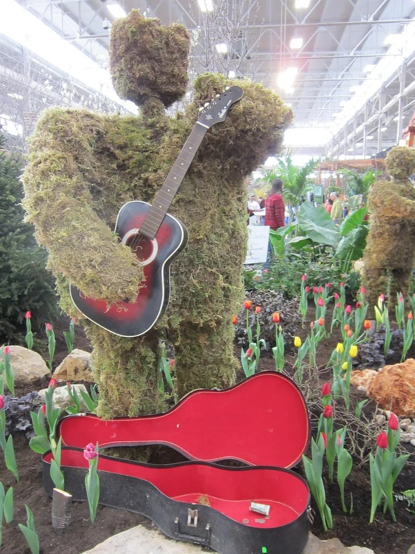 Topiary Bear Guitarist, Indiana Flower And Patio Show, Indianapolis