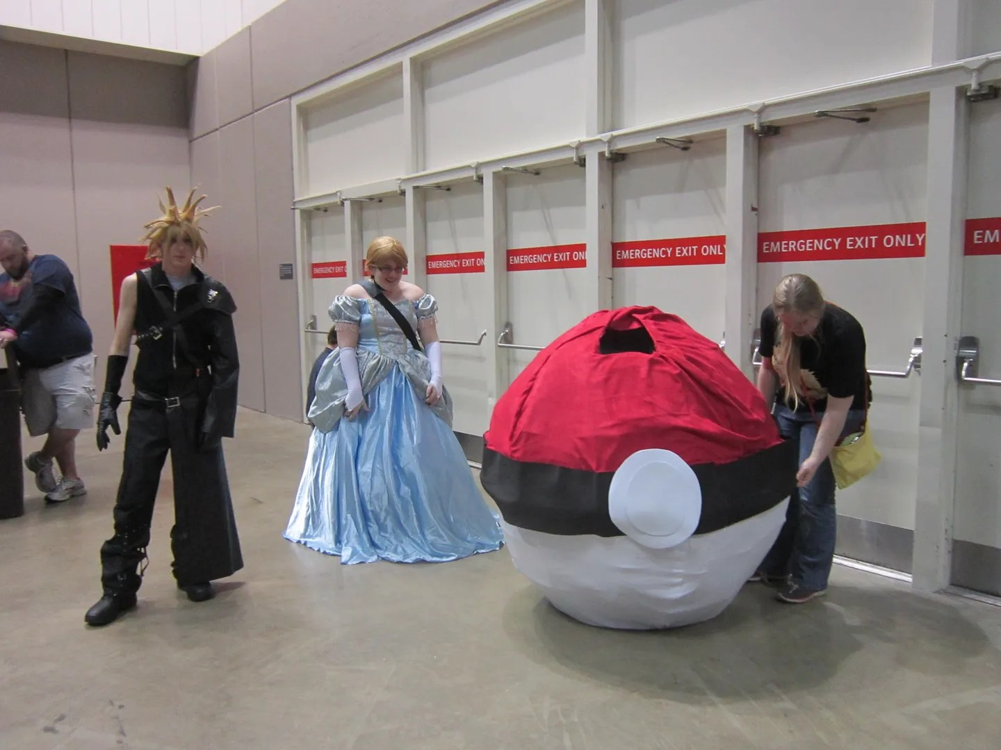 Cloud, Pokeball, costumes, Indiana Comic Con 2014, Indianapolis