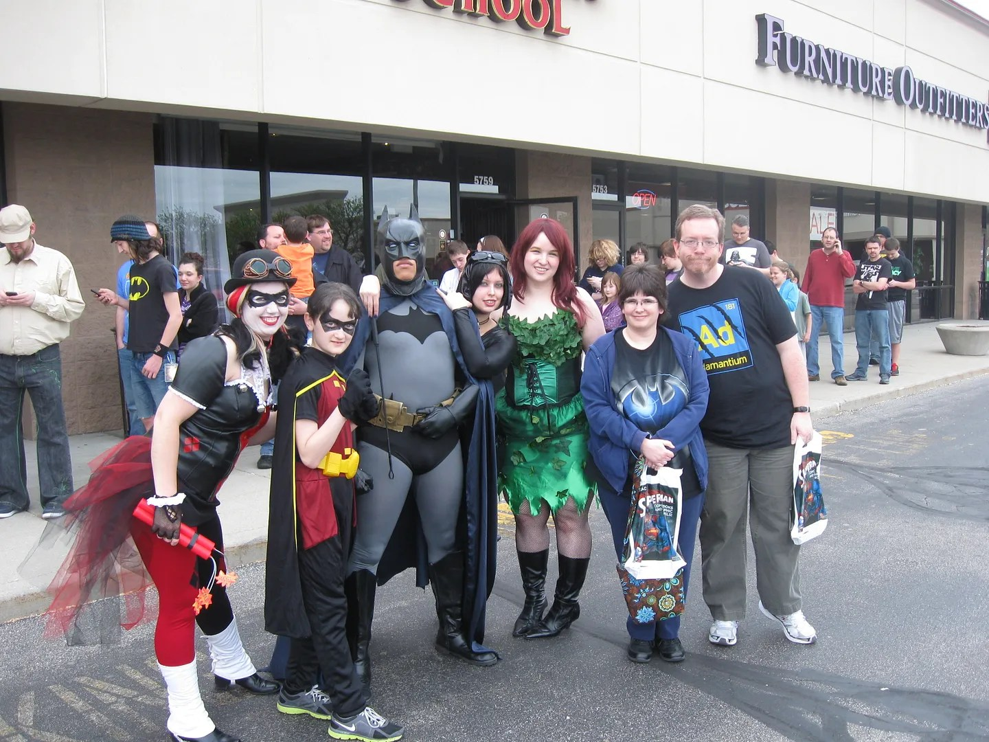 Free Comic Book Day, costumes, DC Comics, 2013