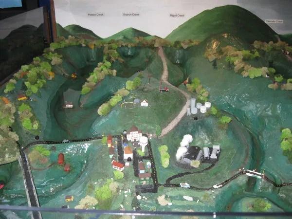 tiny town flood diorama, Indiana State Fair