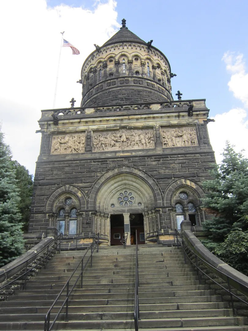 James A. Garfield Memorial, Cleveland