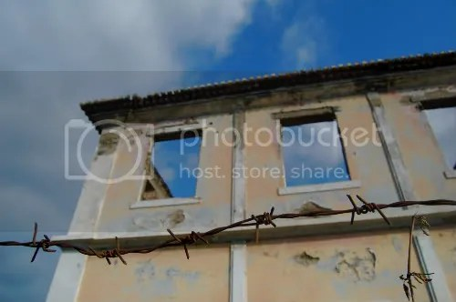 dili building barbed wire