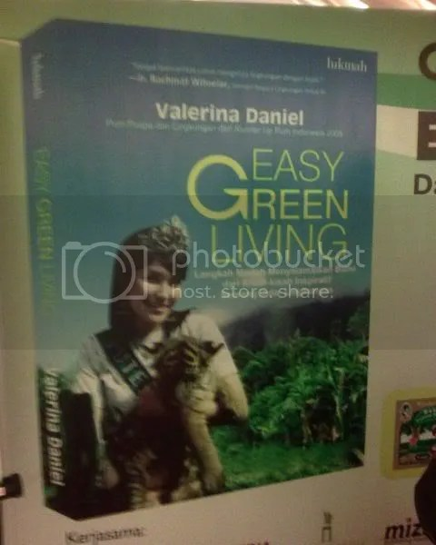 Buku Easy Green Living