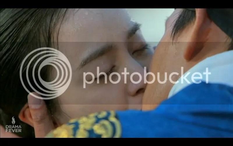kiss2 photo kiss2_zps6509bc34.jpg