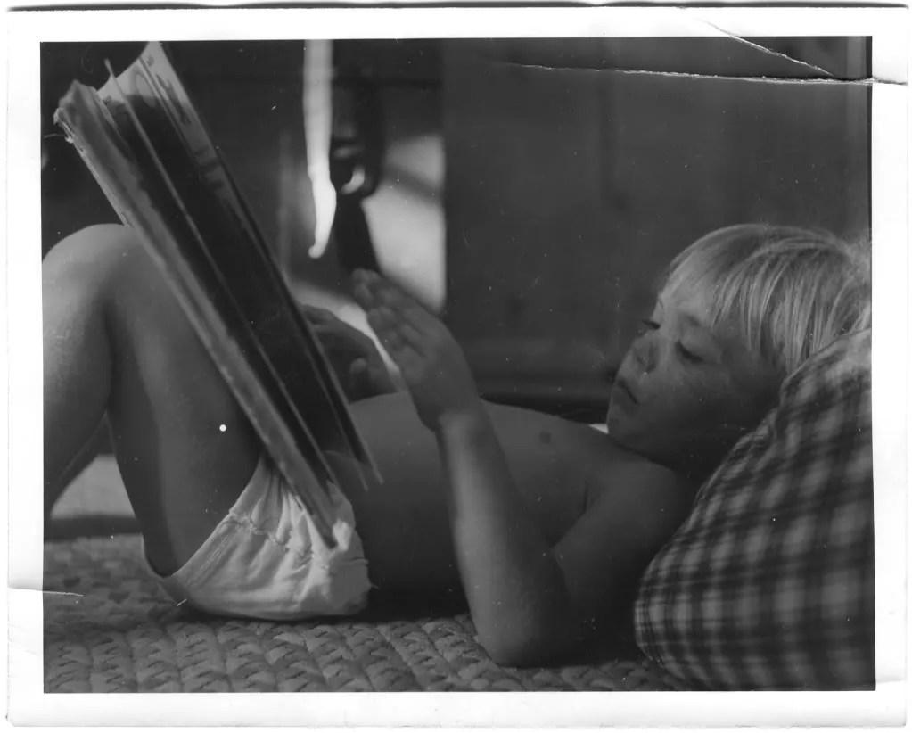 baby photo, reading