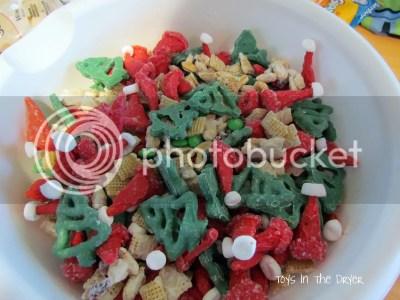 recipe for Santa trail mix