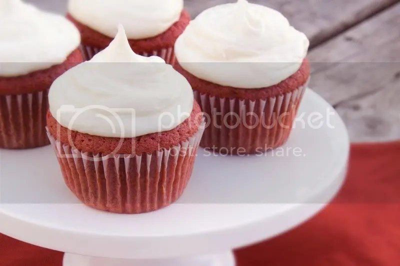 Red Velvet Cake vs. Chocolate Cake dyed Red (And Happy Birthday to ...