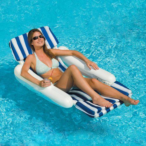 chaise longue flottante rembourree sunchaser de swimline pour piscines