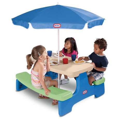 Little Tikes Easy Store Picnic Table With Umbrella Blue