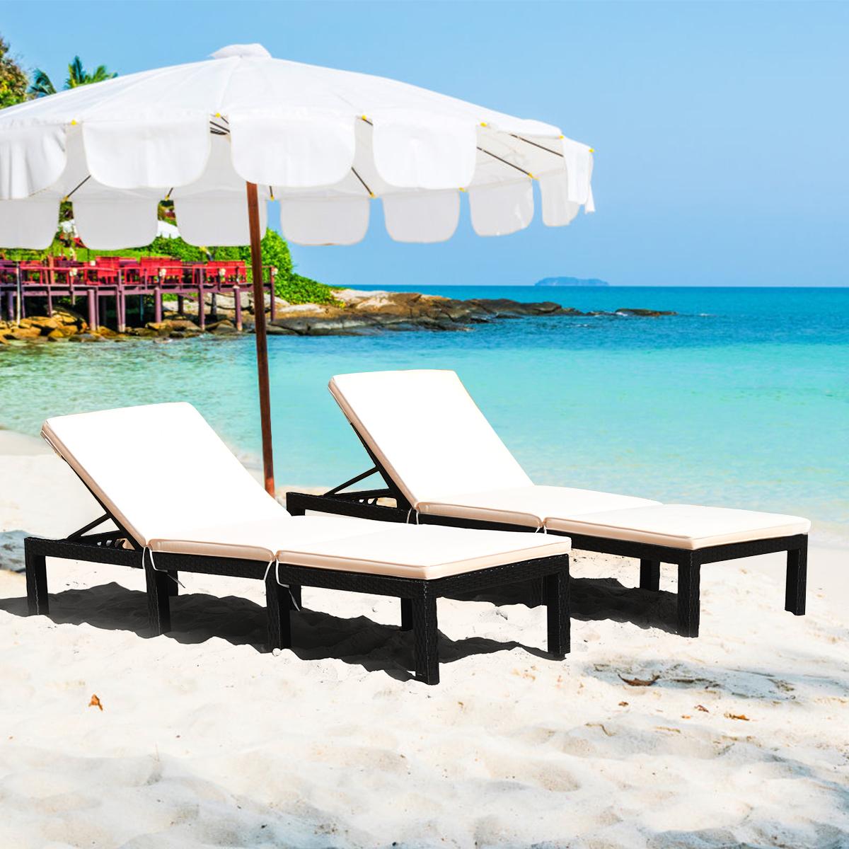 chaise longue pliable chaise longue d exterieur reglable de plage ou piscine marque gymax