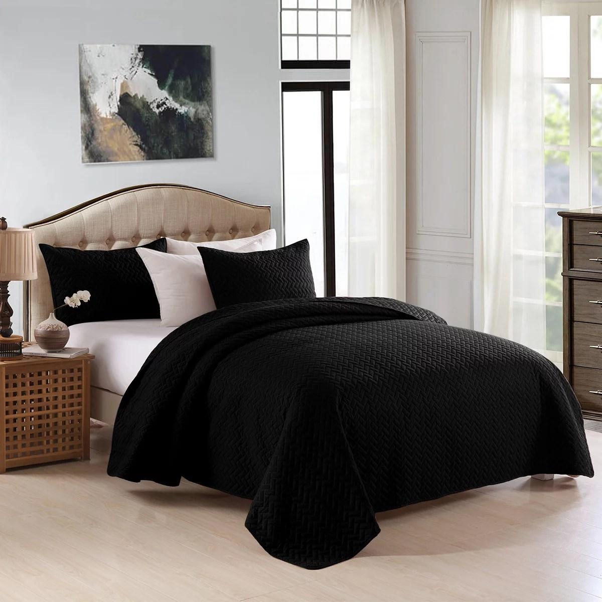 v pattern 3 piece quilt set quilt coverlet bedspread king black