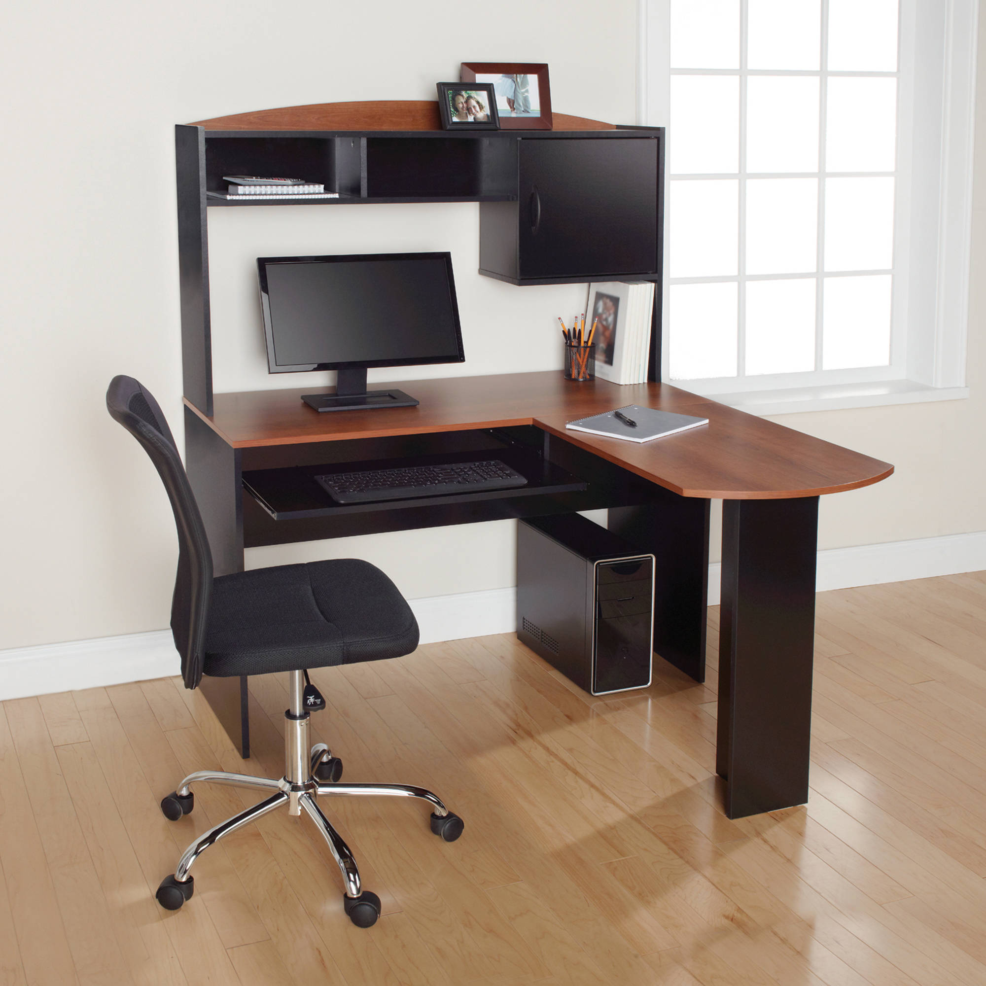 mainstays l shaped desk with hutch and keyboard tray walmart com