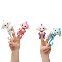 Fingerlings Glitter Monkey, 2 Piece Bundle