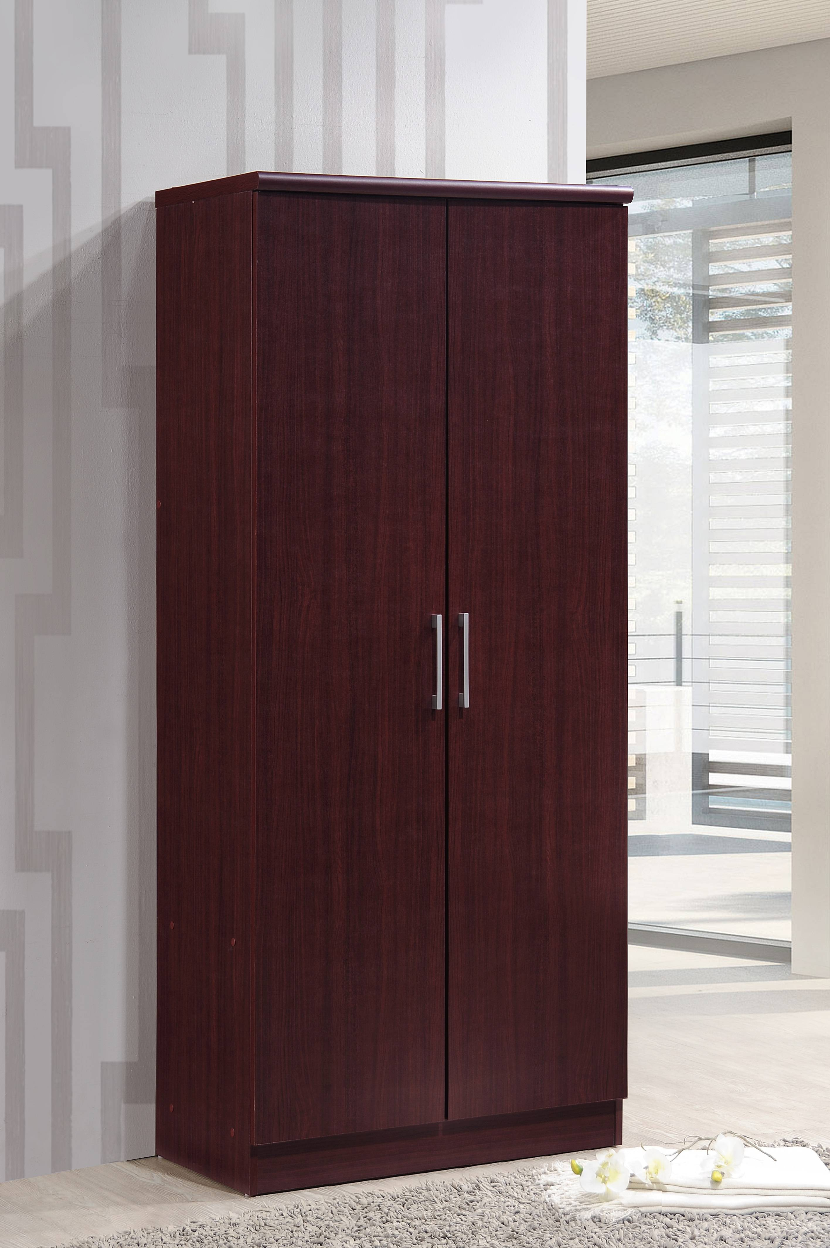 hodedah 2 door wardrobe with 4 shelves mahogany