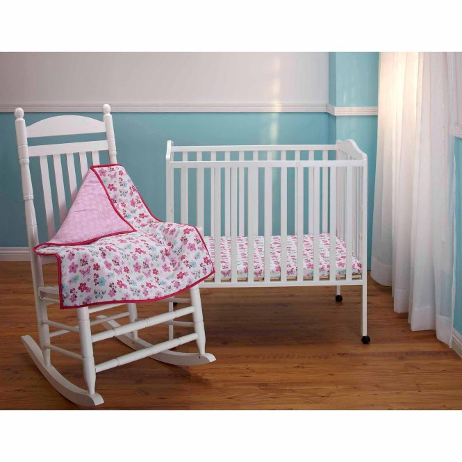 Disney Baby Bedding Minnie Mouse 3 Piece Portable Crib Set