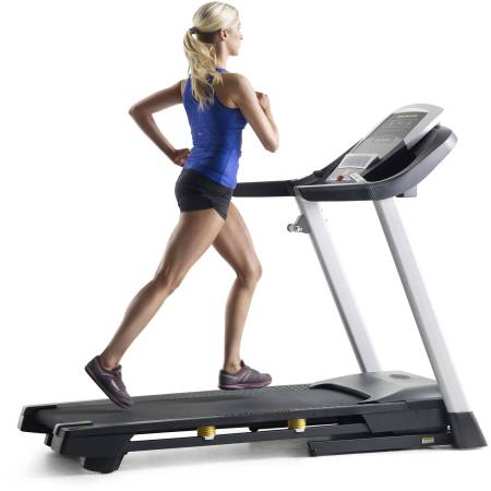 Gold's Gym Trainer 720 Treadmill with Power Incline
