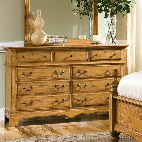 Cochrane Furniture American Harvest 9 Drawer Dresser
