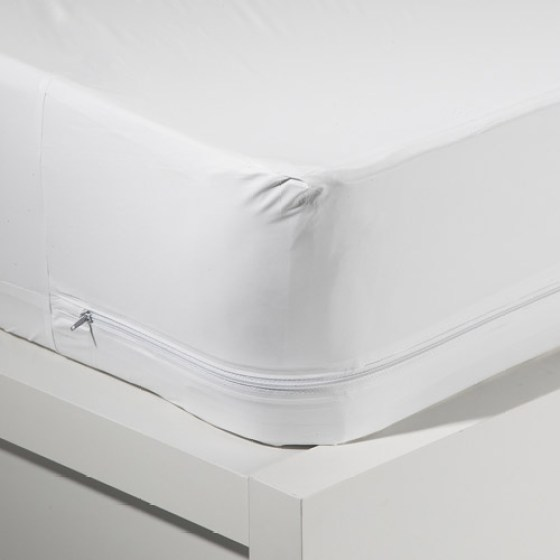 Mainstays Waterproof Zippered Vinyl Mattress Protector White
