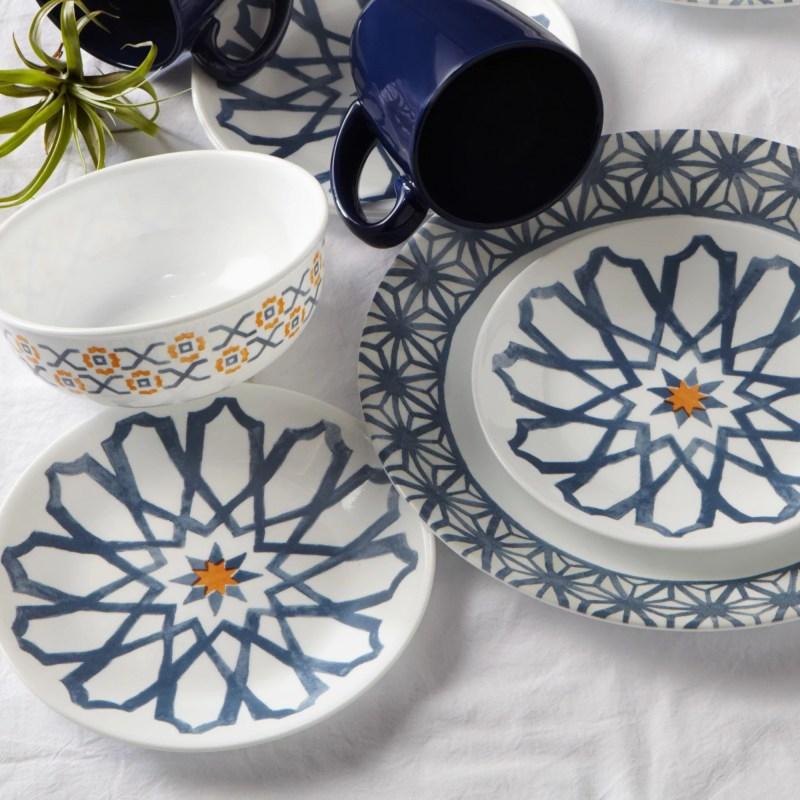 Corelle Signature Amalfi Azul 16-pc Dinnerware Set