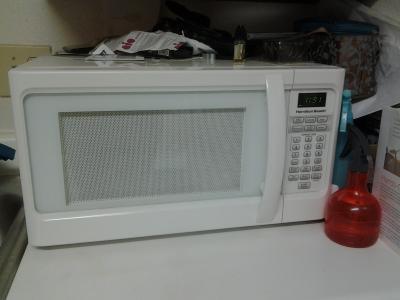 hamilton beach 1 1 cu ft red microwave