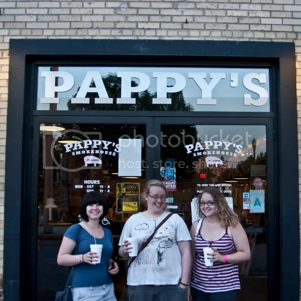Julia, Clare and I at Pappy's