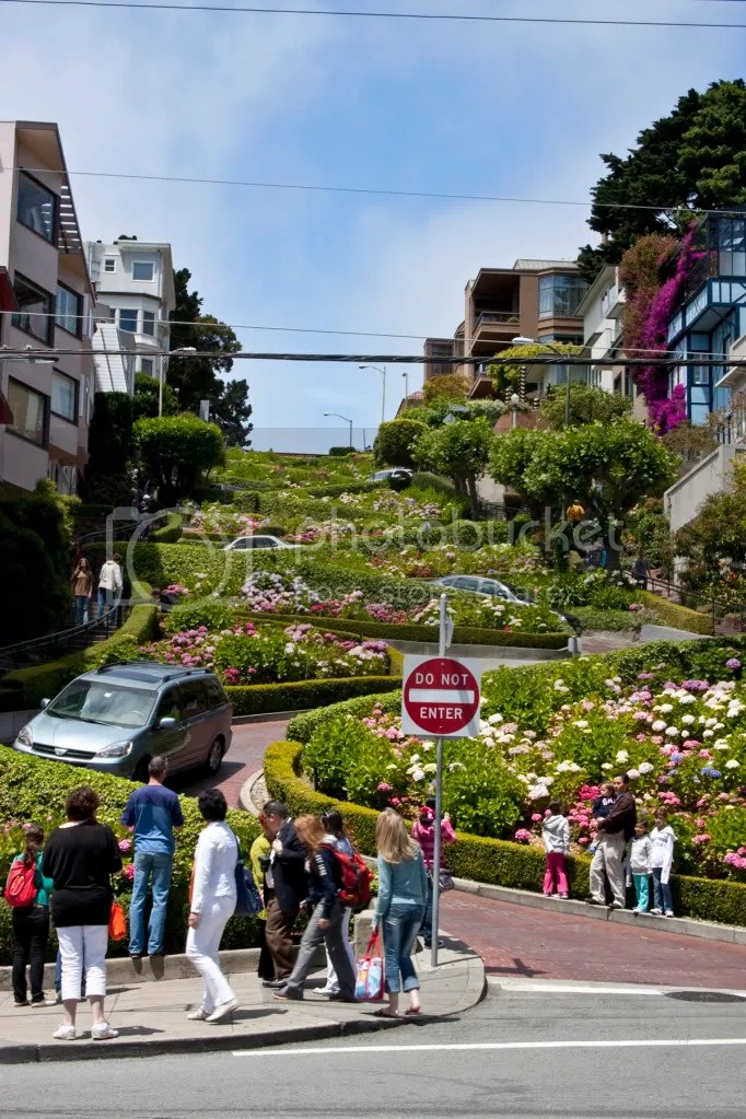 Lombard Street from the bottom...