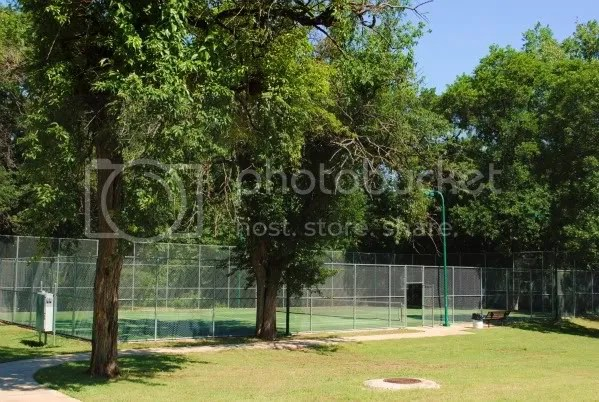 Another Tennis Court at Finch Park