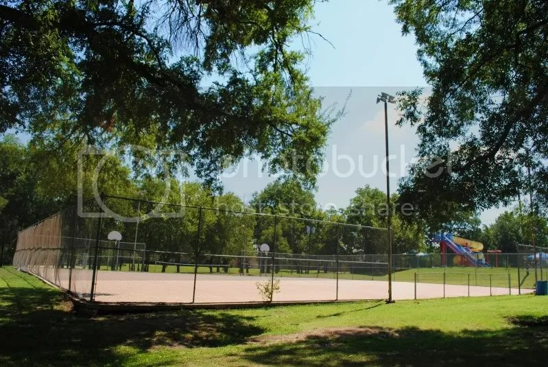 Basketball Courts at Old Settler's Park