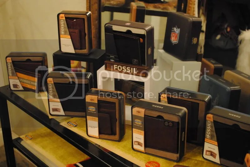 Men's Fossil Wallets at The Olive Branch