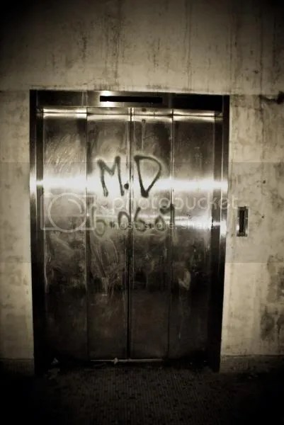 One of the first elevators that you will come across when entering the place from Halton Road. Guess it doesnt work anymore.