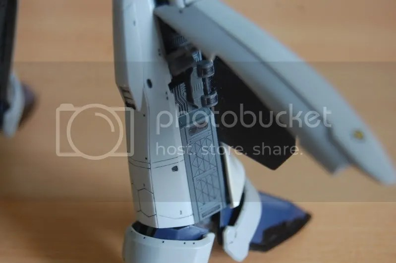 detail,inner workings,mechanical,leg,messiah,valkyrie,variable fighter,shoji kawamori,mecha,Macross frontier,battroid
