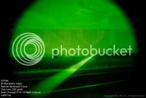 ATPIAL Iluminador IR, alta potencia, enfoque estrecho. Línea de árboles a 575 metros visto a través de un PVS-14 Night Enforcer con algo de niebla.