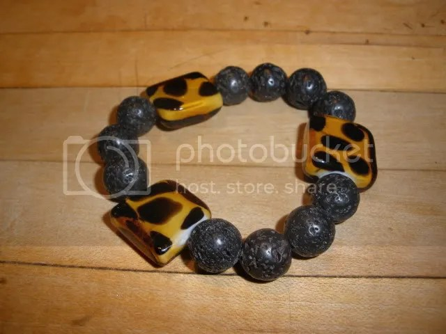 A simple beaded bracelet.