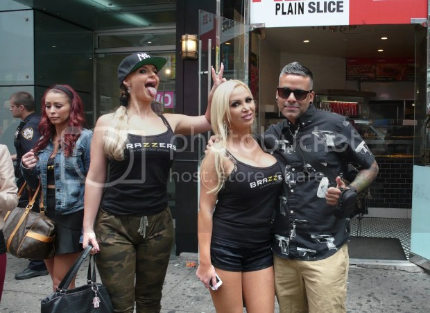 mayimbe181 just hanging with the brazzers girls in nyc. Black Bedroom Furniture Sets. Home Design Ideas