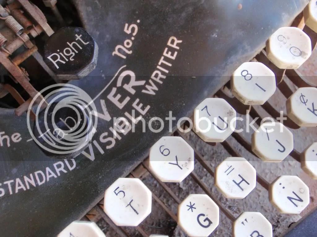 Oliver Standard Typewriter