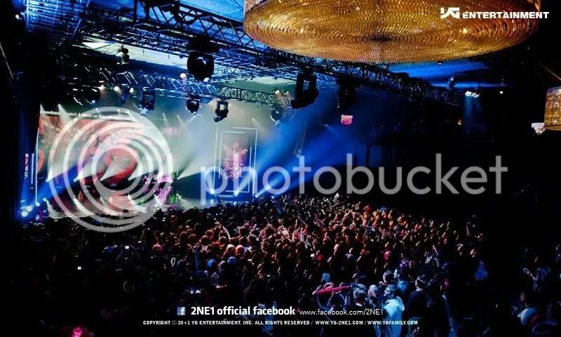 https://i1.wp.com/i573.photobucket.com/albums/ss174/ygladies/Performances/Concerts/3-1.jpg