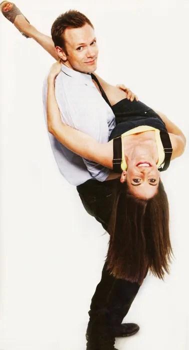 Joel McHale Alison Brie dancing