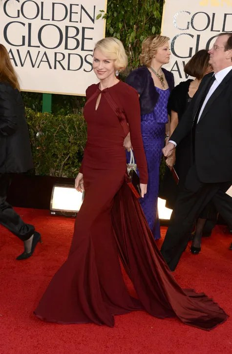 Naomi Watts Golden Globes red carpet