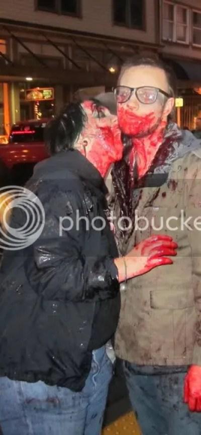 Zombie Love!!