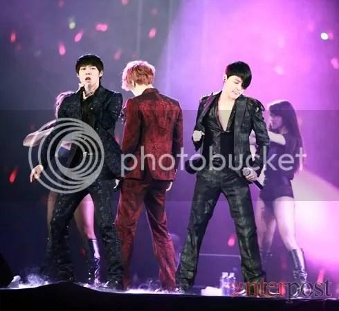 "[TRANS] 110612 JYJ – ""Representative Korean Idols Who Have Become Representative Korean Artists"""
